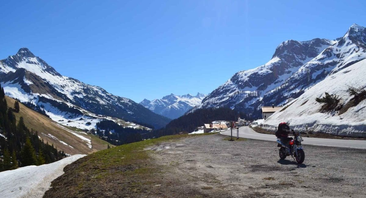 Eine Skyteam Skymax durchquert ganz Österreich