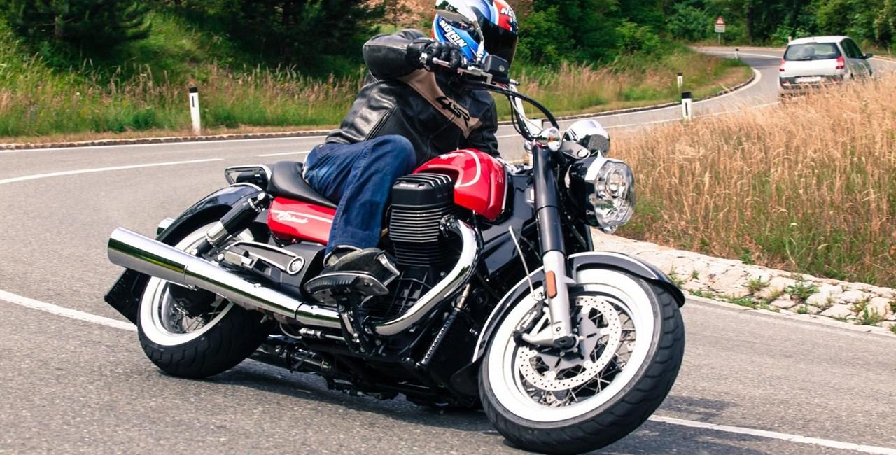 Moto Guzzi California 1400 EldoradoTest 2015
