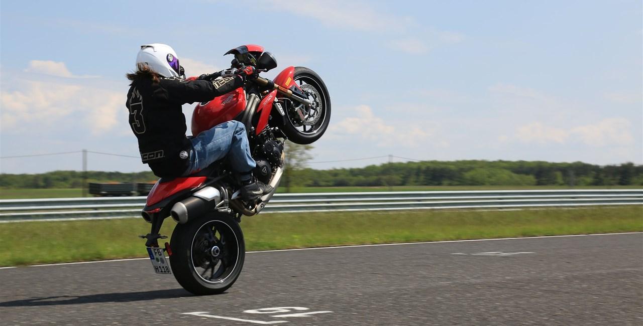 Triumph Speed Triple S Pannoniaring 2016