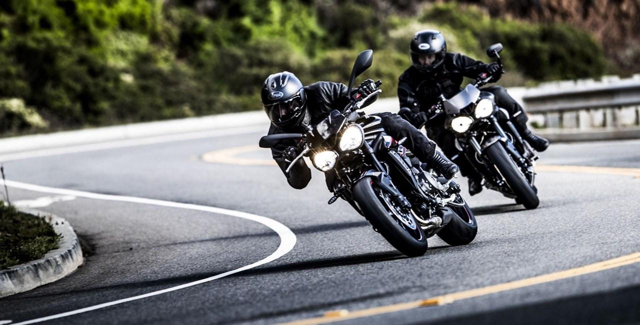 Triumph Street Triple R und RS im Test 2017