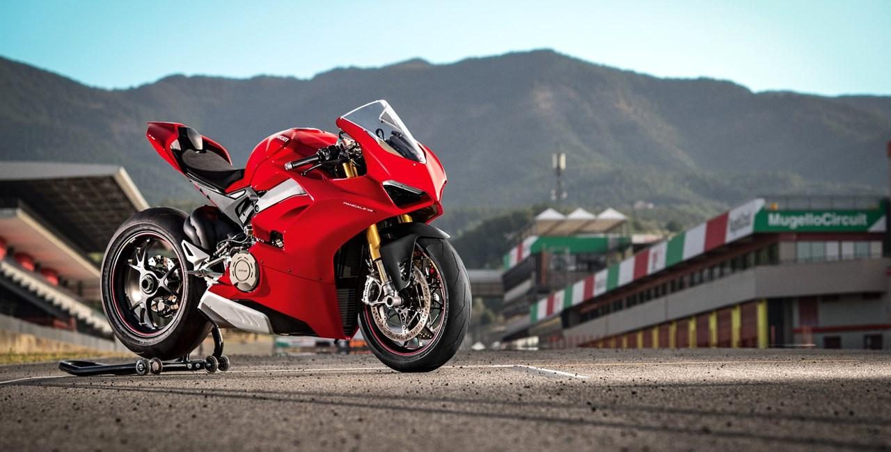 Pirelli Diablo Supercorsa SP für Ducati Panigale V4