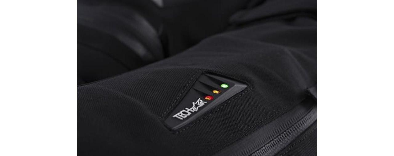 KTM und Alpinestars machen PowerWear-Jacken revolutionär