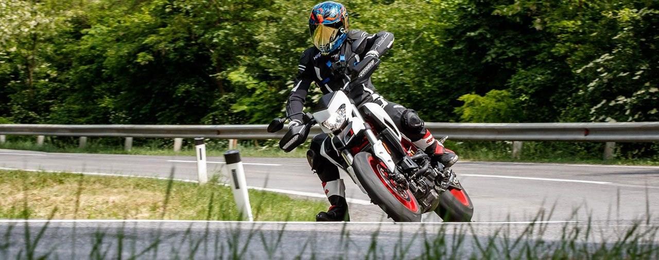 Naked Bike Vergleich 2018: Ducati Hypermotard 939