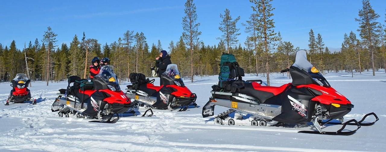 Motorschlitten-Wochenende in Finnland