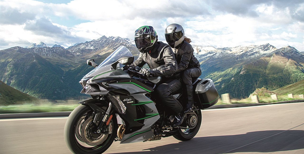 Kawasaki Ninja H2 SX SE und H2 SX SE + mit GRATIS Tourer-Paket