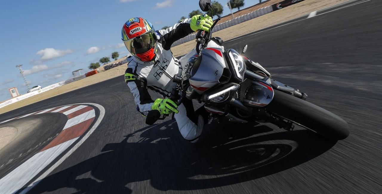 Triumph Street Triple RS 2020 Test