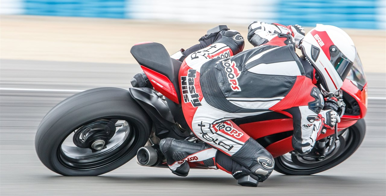 Ducati Panigale V2 Test