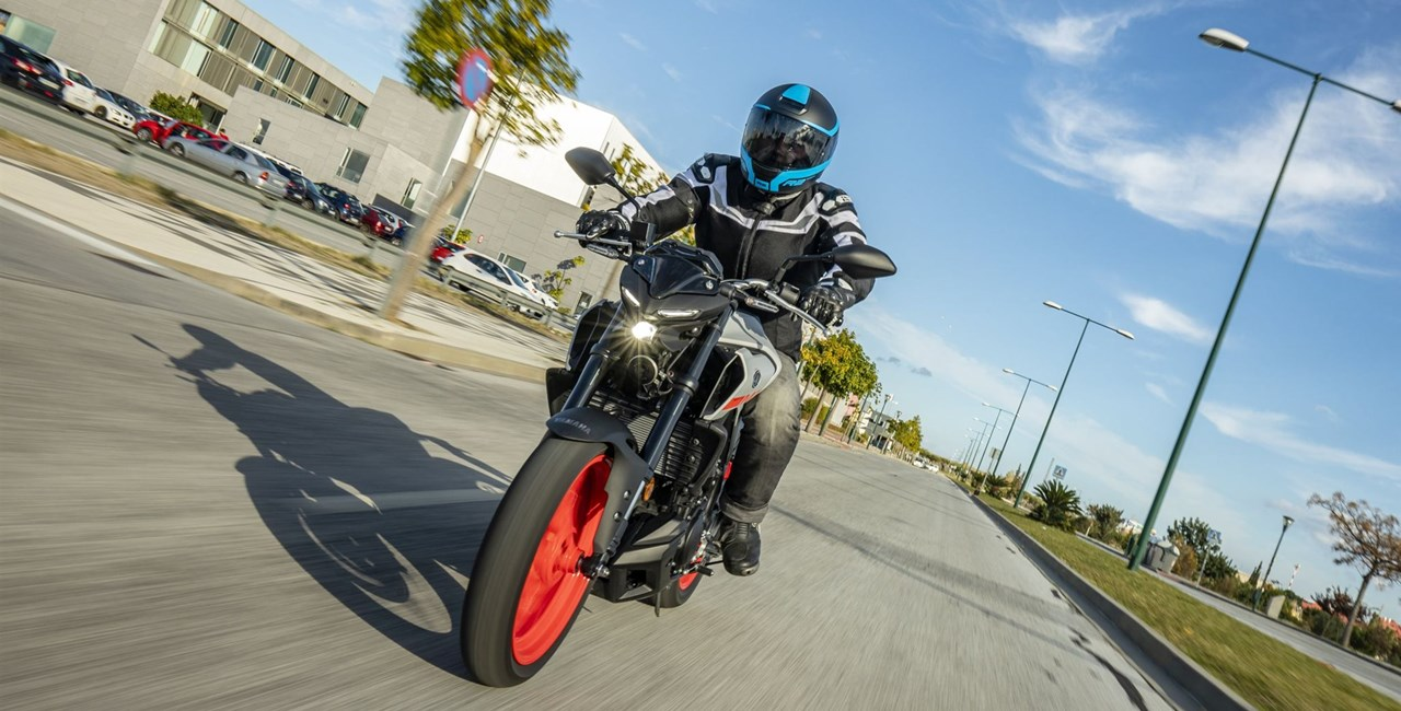 Yamaha MT-03 Test 2020