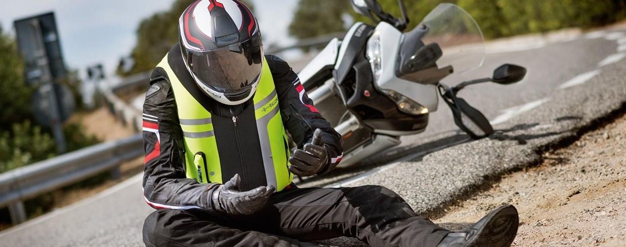 Airbag Systeme für Motorradfahrer: Marktübersicht 2020