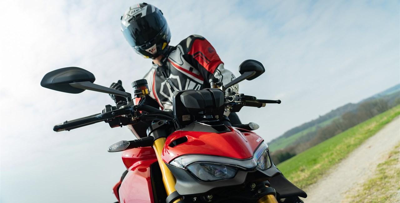 Ducati Streetfighter V4 S 2020 - Erster Test auf der Landstraße