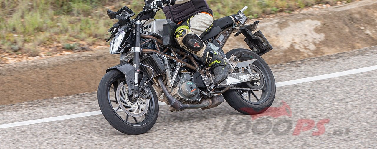 Erlkönig-Fotos der KTM 390 Duke 2021 aufgetaucht!
