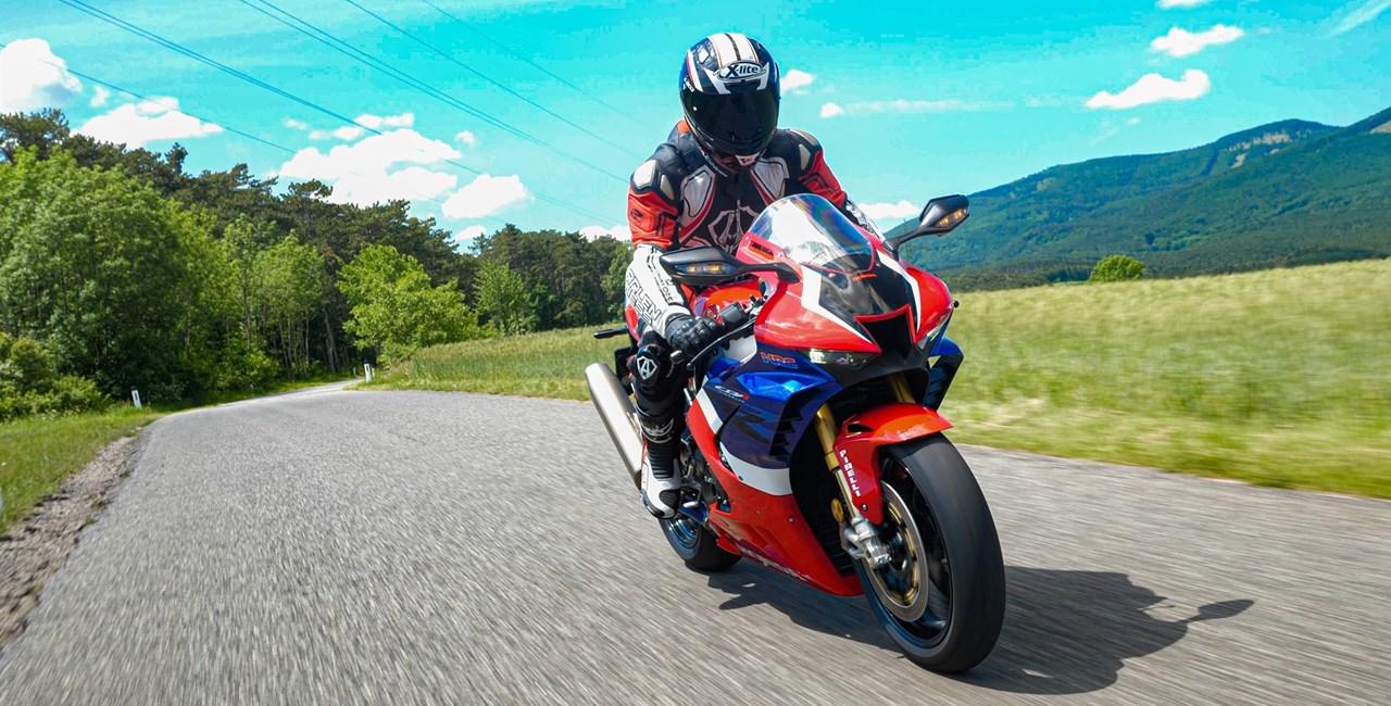 Honda CBR1000RR-R Fireblade SP 2020 Landstraßentest