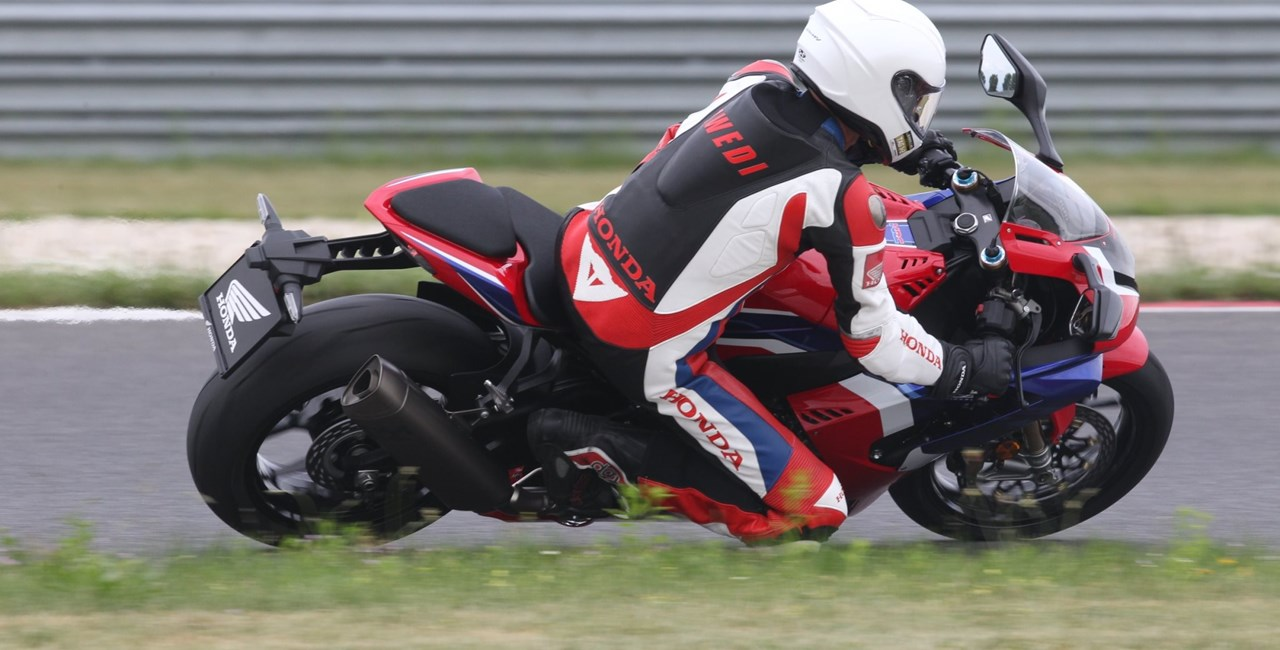 1000PS Bridgestone Trackdays Slovakia Ring