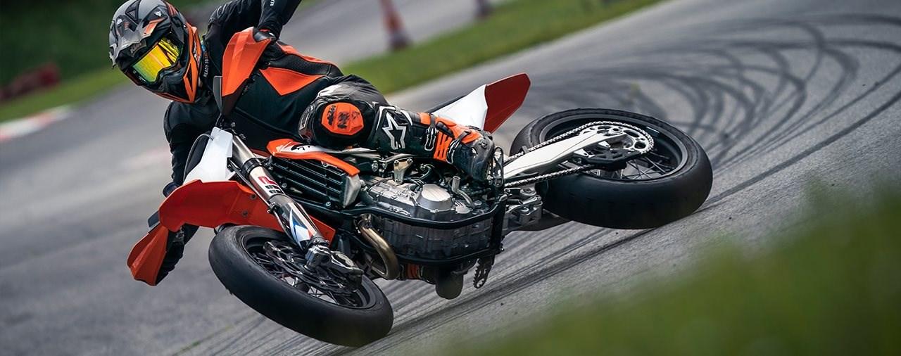 Neue KTM 450 SMR 2021