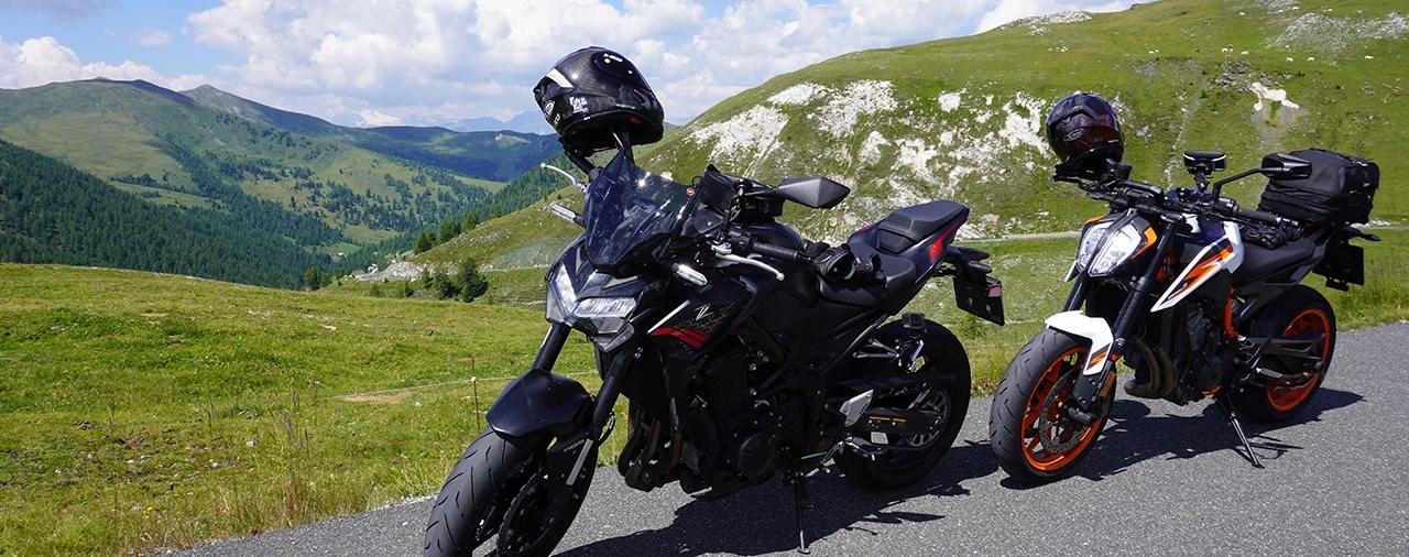 Kawasaki Z900 on Tour