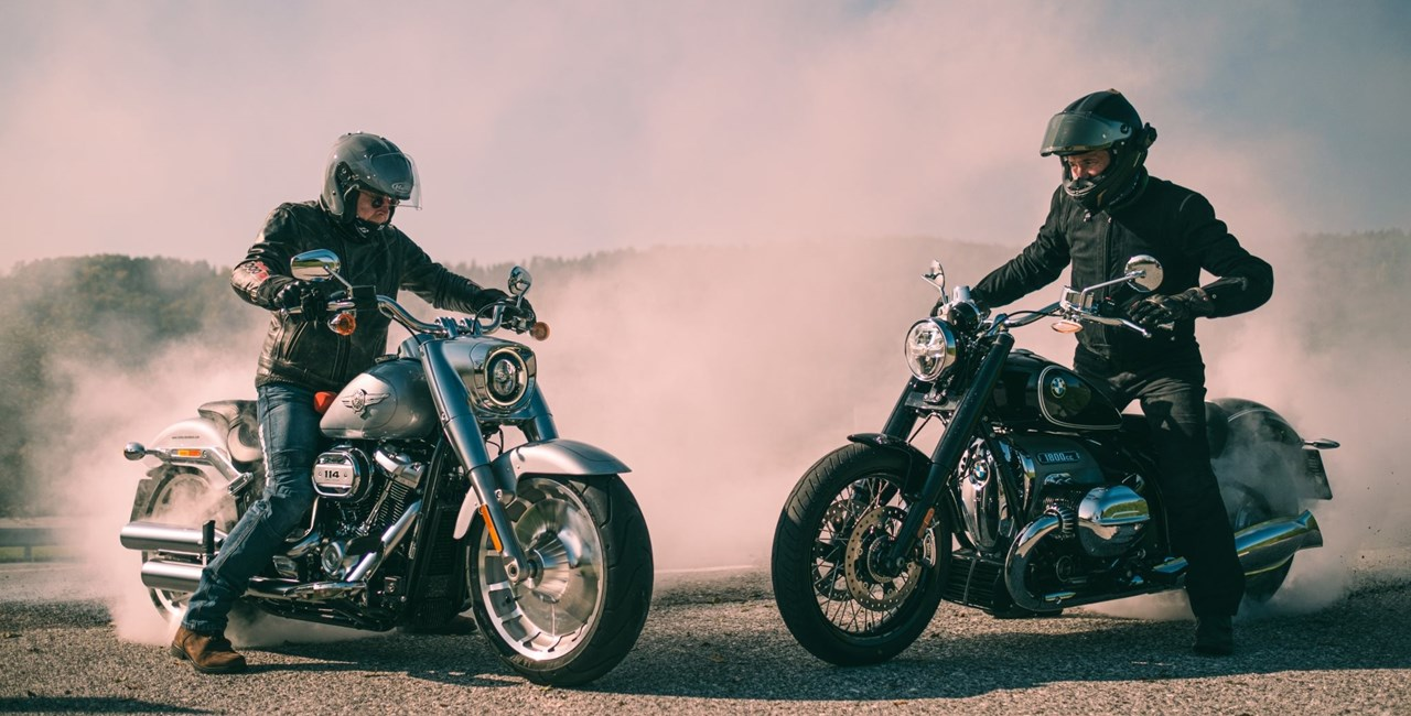 BMW R 18 Vergleich Harley-Davidson Test