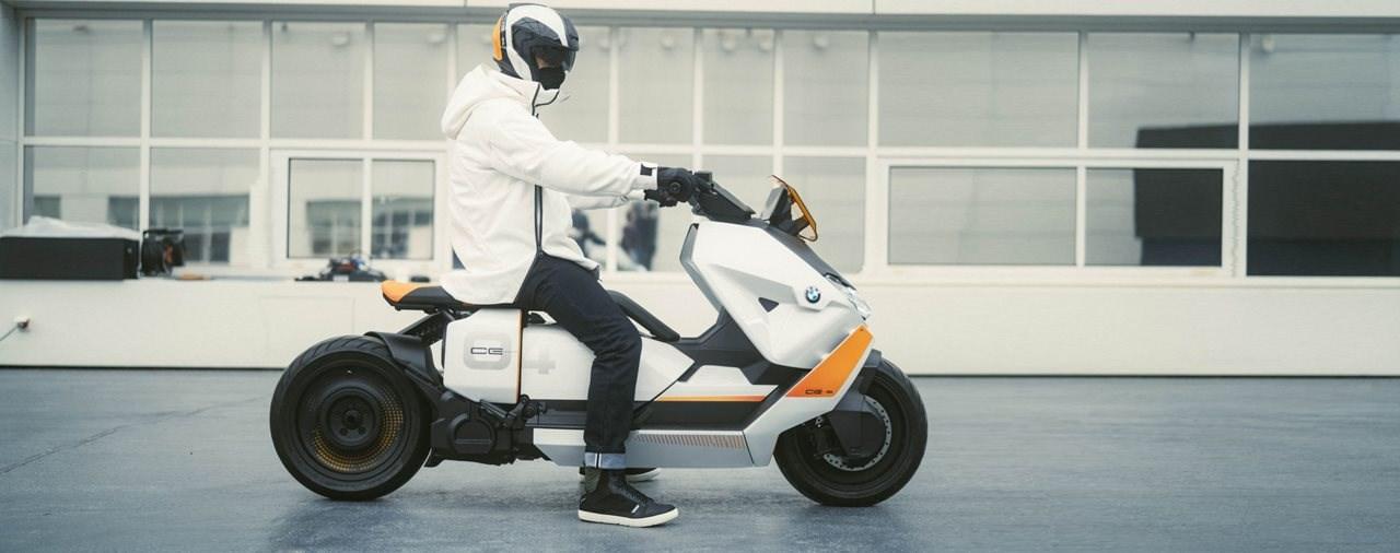 Die Zukunft urbaner Zweiradmobilität - BMW Definition CE 04