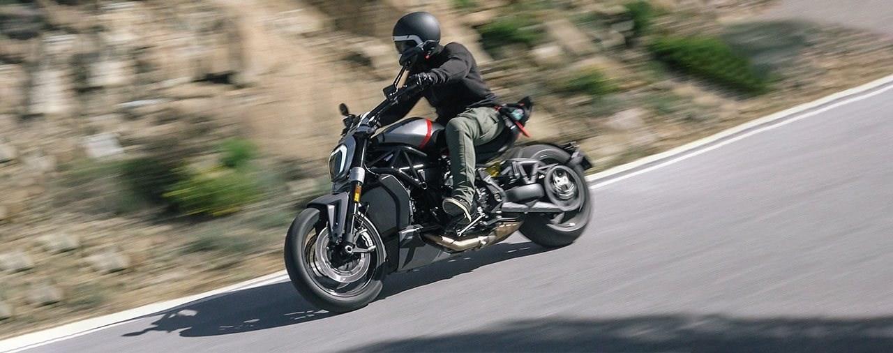 Ducati XDiavel Black Star Test 2021