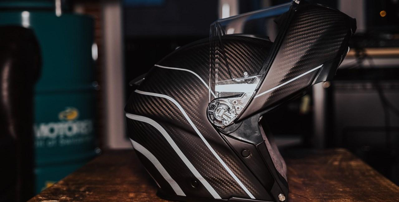 AGV Sportmodular 2021 - leichtester Motorrad Klapphelm am Markt