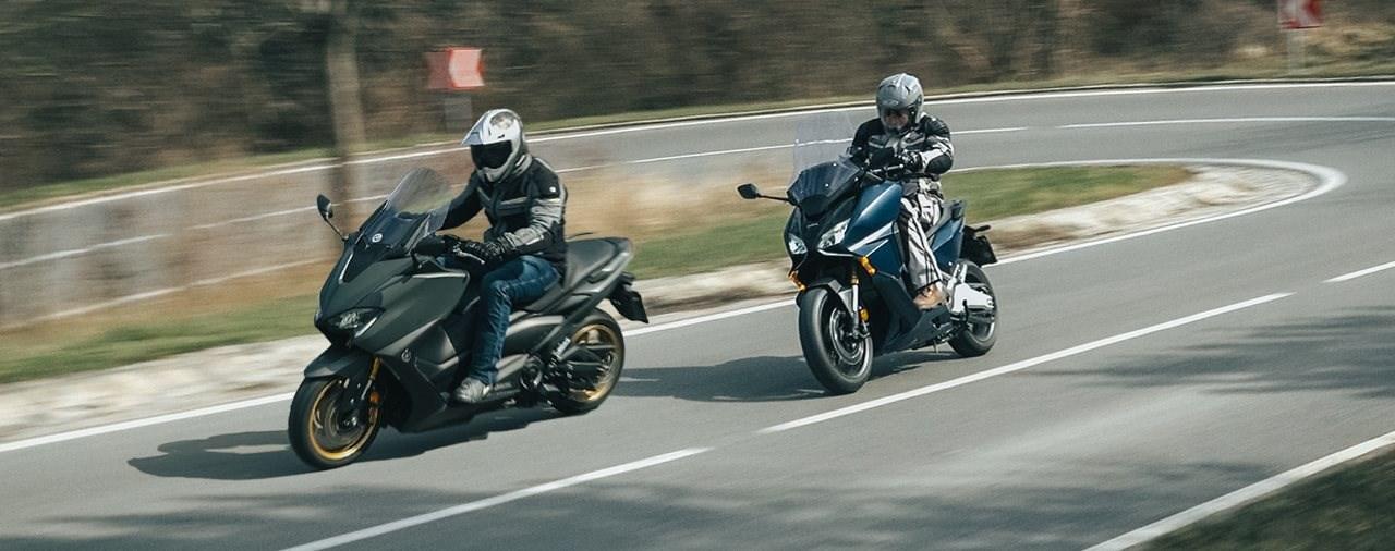 Honda Forza 750 gegen Yamaha TMAX 560 Tech MAX Vergleich