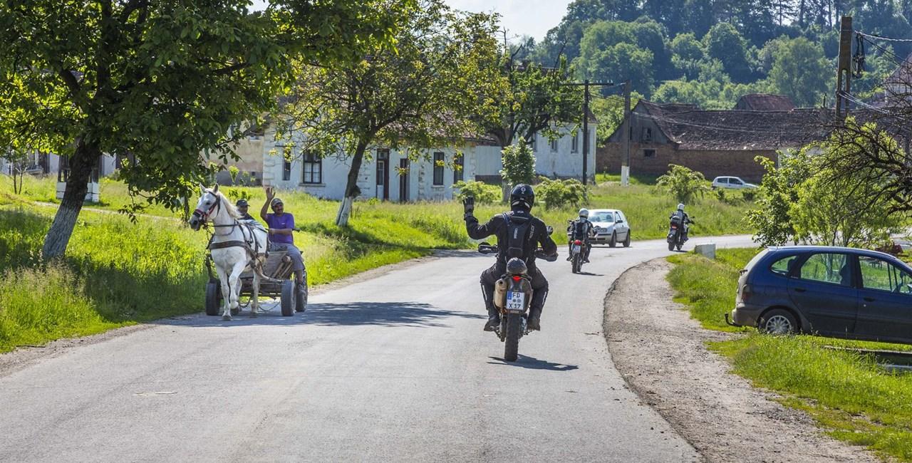 Touren & Testen Motorradreisen 2021