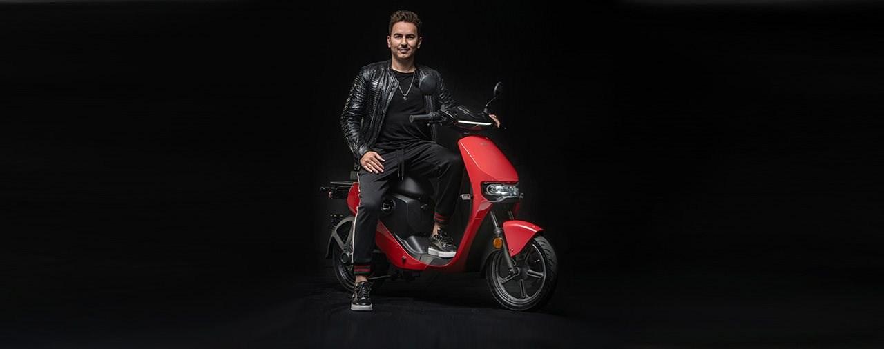 Ein Elektro-Roller für den MotoGP-Weltmeister - JL99 X Super Soco