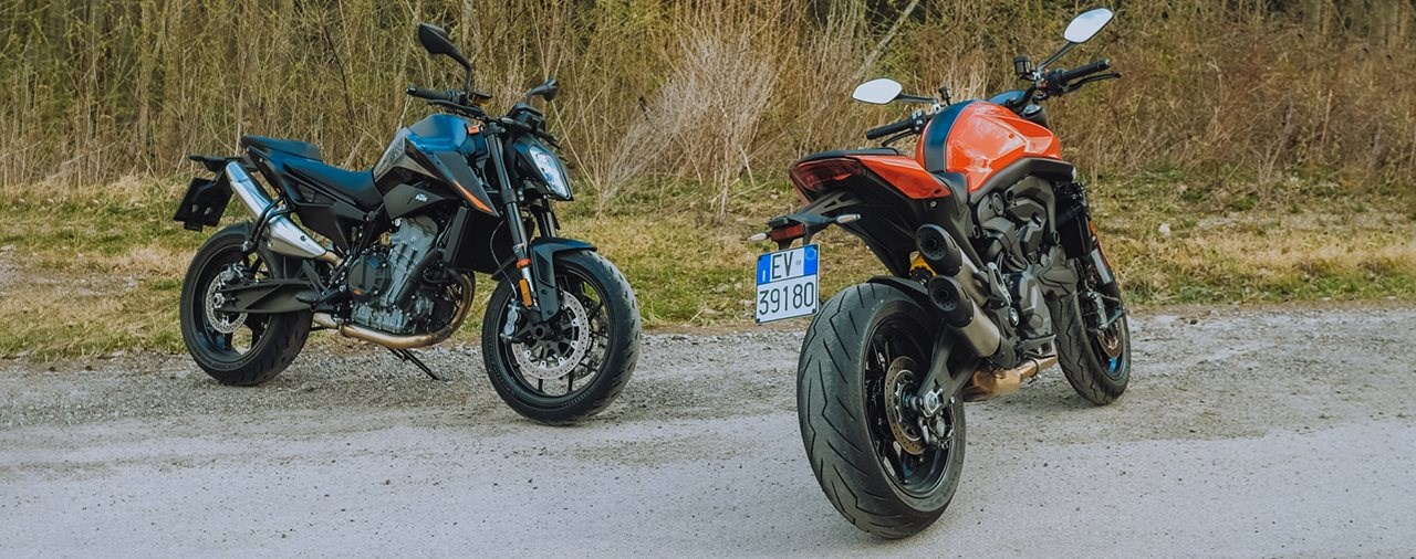 KTM 890 Duke gegen Ducati Monster Vergleich 2021