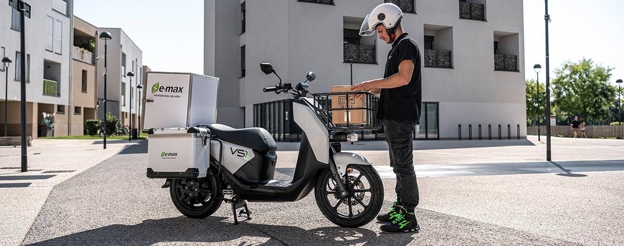 Der E-Max VS1 hat eine Zuladung von 150 Kilogramm - ohne Fahrer!