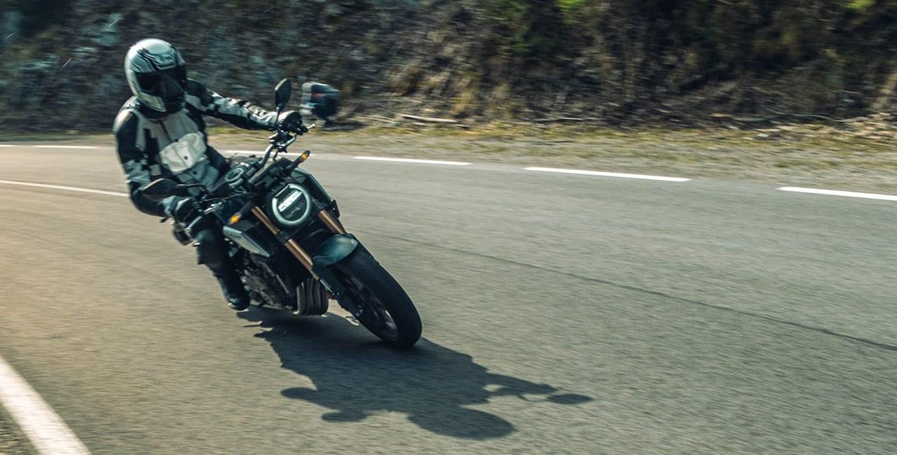 Mittelklasse Naked Bikes im Vergleich - Honda CB650R 2021