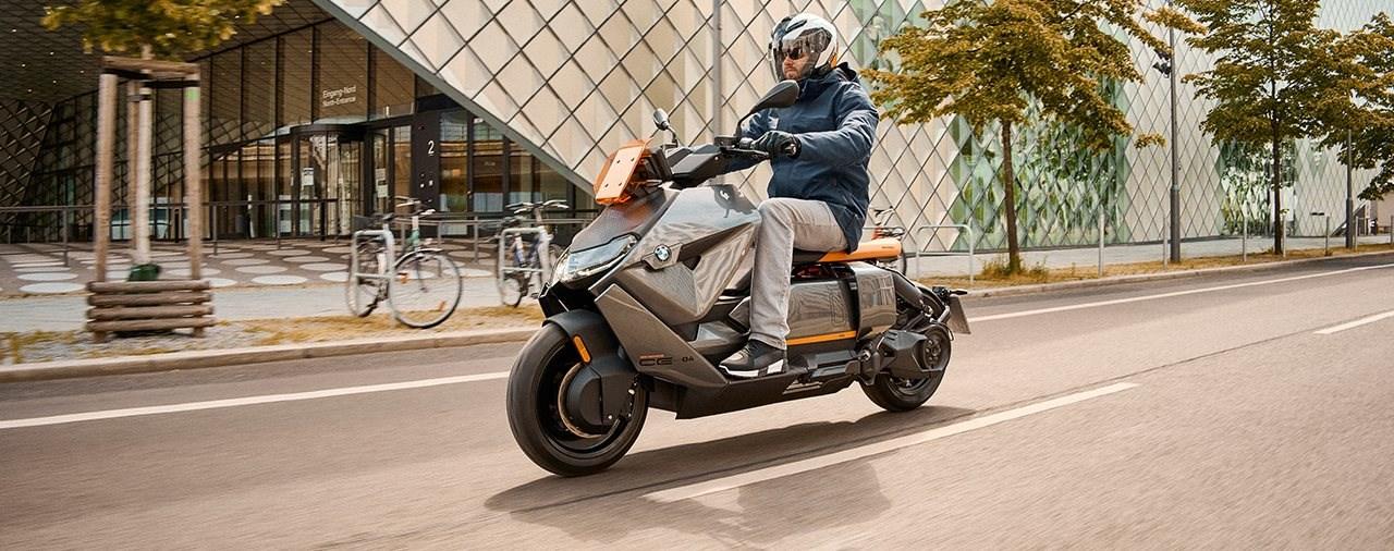 Neuer BMW CE 04 Elektroroller 2021