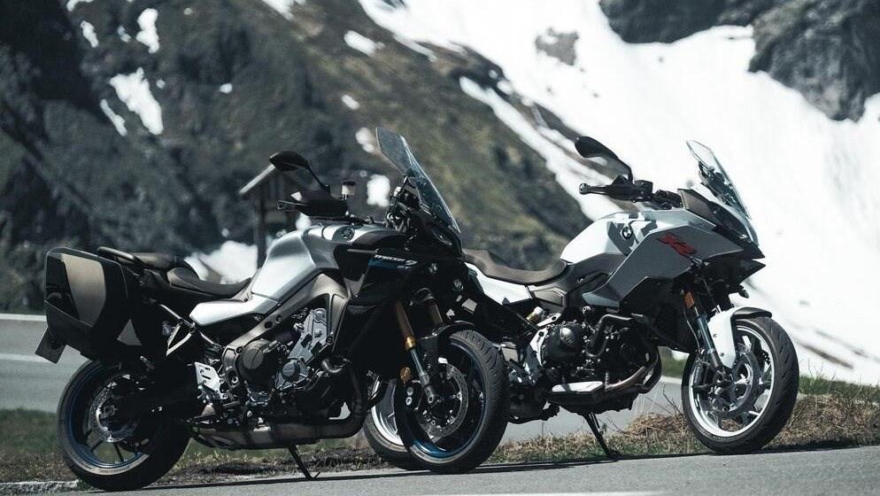 Yamaha Tracer 9 GT vs BMW F 900 XR 2021