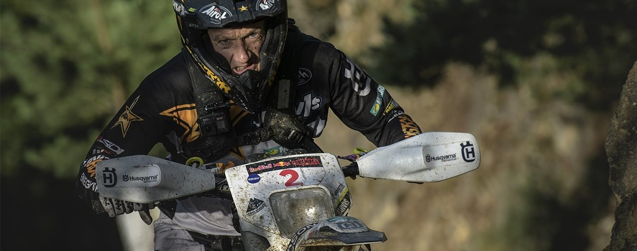 Graham Jarvis gewinnt Offroad Tag 1 der Red Bull Romaniacs 2021