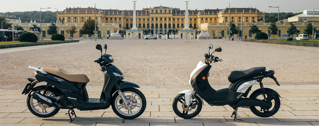 Urbanes Duell! Rollervergleich Peugeot E-Ludix vs Tweet 200 2021