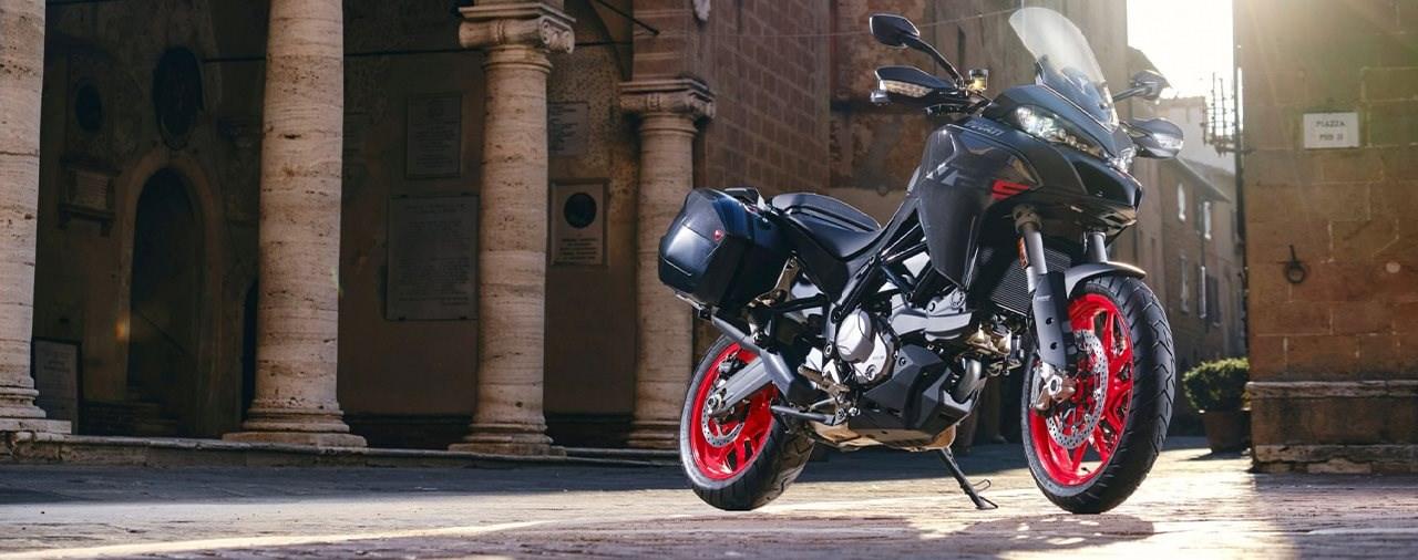 Neue Ducati Multistrada V2 und V2 S für 2022 präsentiert