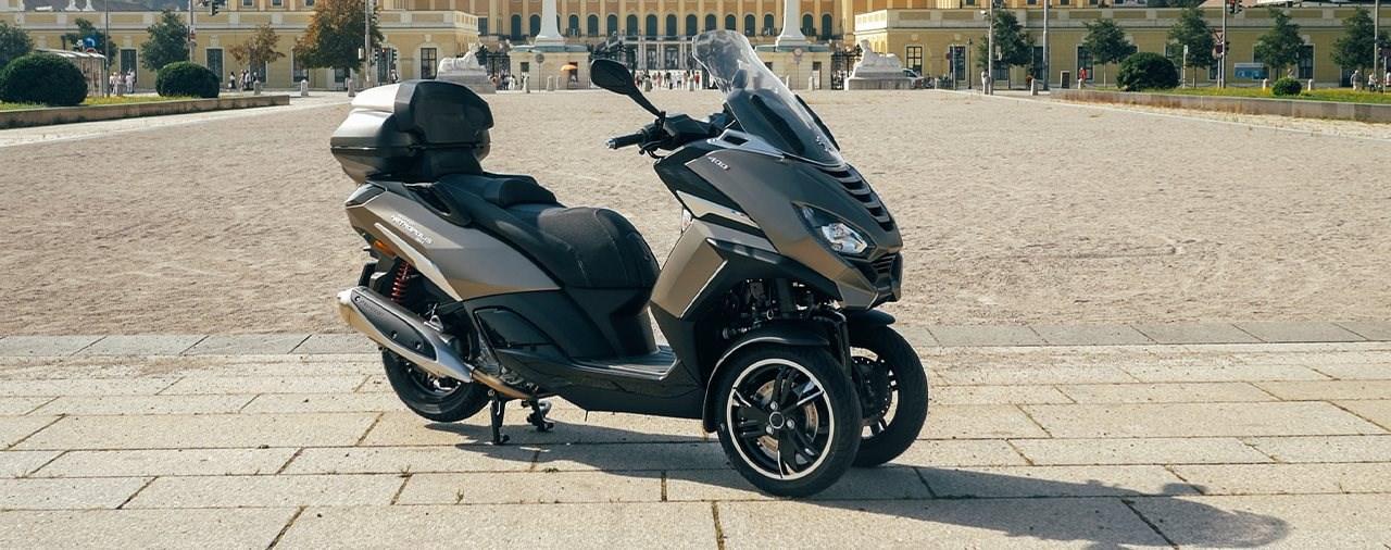 Dreirad-Roller für Messieurs - Peugeot Metropolis SW Test 2021
