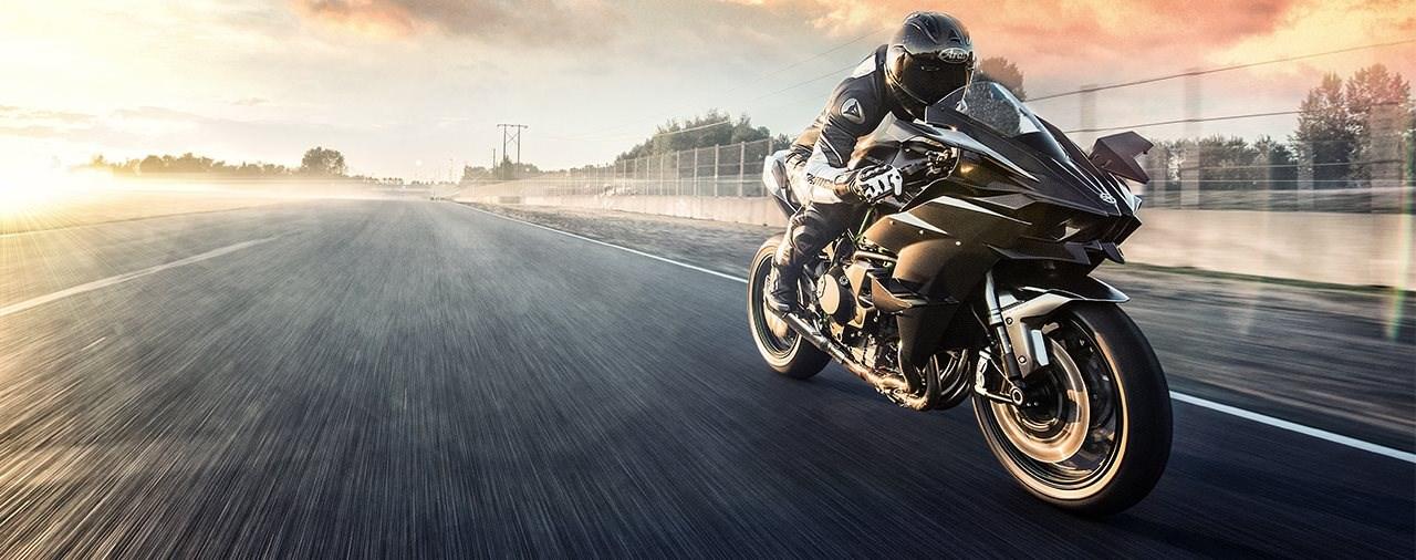 400 km/h Spitze, 326 PS - Kawasaki Ninja H2R 2022 bestellbar