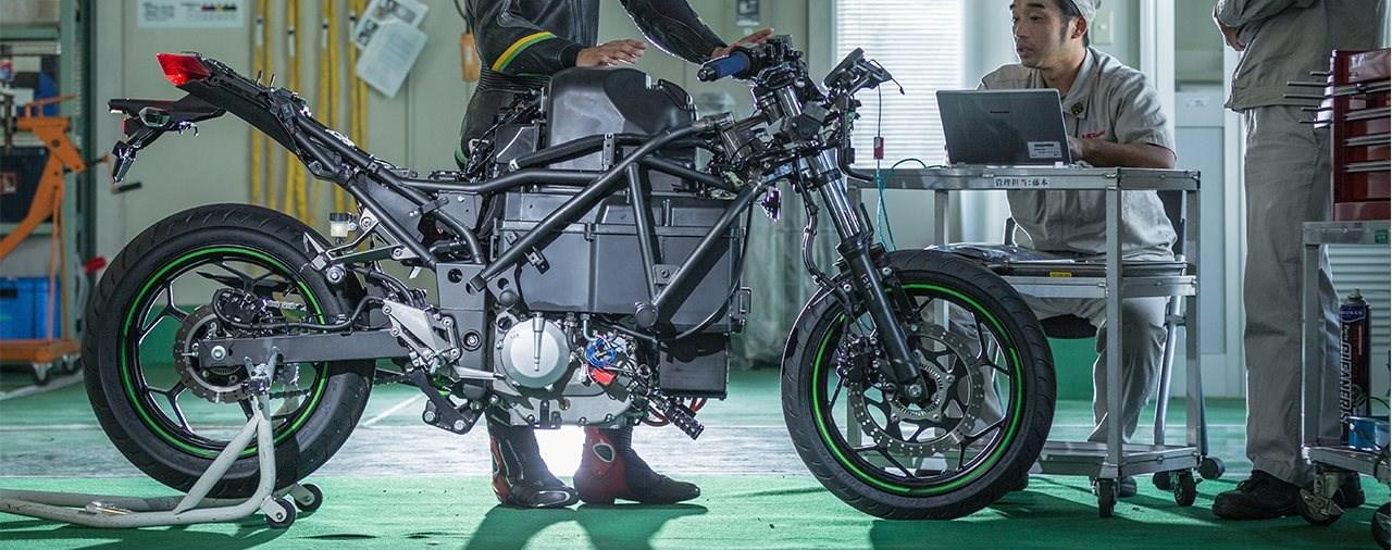 Kawasaki baut Elektro- und Wasserstoffmotorräder!