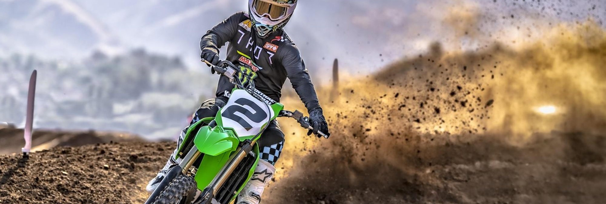 KX450 - THE BIKE THAT BUILDS CHAMPIONS