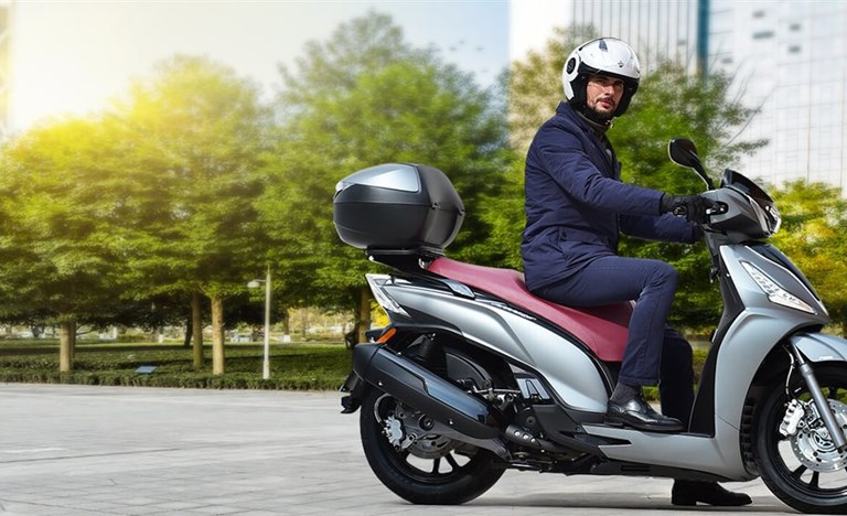 Repsonsive KYMCO NEW PEOPLE S 300i ABS