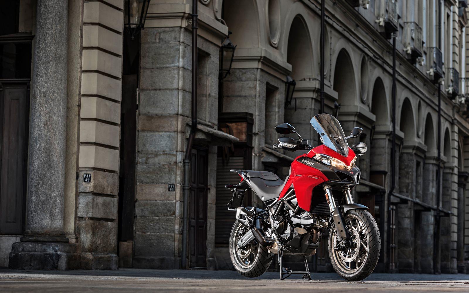 La financiación triple opción de Ducati Financial Services que además te puede regalar el mantenimiento programado de tu Ducati. <br>La cambio, me la quedo o la devuelvo.