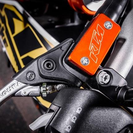 Power Parts Sonderposten  Bitte folgen Sie dem Link um zu unserem KTM Online-Shop zu gelangen. www.ktmpowerparts.de
