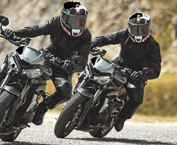... Maximale Sicherheit & höchster Tragekomfort Seit über 70 Jahren widmet sich die Schuberth GmbH der Herstellung von Kopfschutz-Systemen. Heute entwickelt und produziert der Magdeburger Helmhersteller Schuberth Premium-...