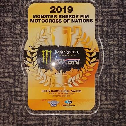 Rene Hofer - MXoN Assen/NED  Rene Hofer zur MXoN in Assen/NED  Zum ersten Mal in meiner Karriere wurde ich ausgewählt für das TEAM Österreich beim 73. Motocross of Nations in Assen/NED an den Start zu gehen.Mit Rang 11 in meinem Qualyfing Race konnte ...