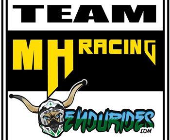 ...unser Team wenn es abseits befestigter Wege geht.    Support und Racing Team rund um den Endurosport. Ihr Team vor Ort.