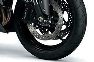 Bei uns bekommen Sie nicht nur günstige Reifen für Ihr Motorrad, sondern selbstverständlich auch für Roller, sowohl für den On-Road, als auch für den Off-Road Einsatz.Auf Wunsch auch inklusive fachgerechter Montage in unse...