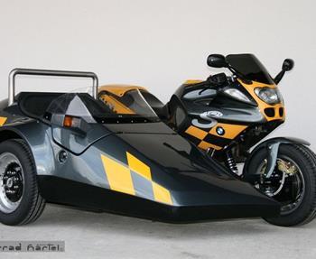 Wir machten Träume wahr - fragen Sie uns!  BMW R1100S mit EML Speed 2000   Suzuki GSX1300R mit EML GT2001