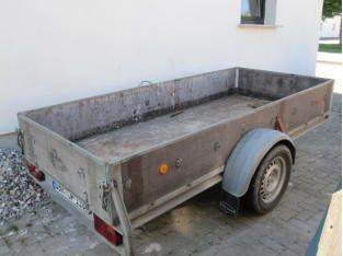 Transportanhänger Zul. Gesamtgewicht 1300kg Tag30,00 € Wochenende60,00 € bis 1 Woche130,00 €