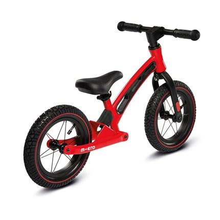 Micro Balance Bike Deluxe rot  Farbe: rot Altersgruppe: Kids ab 2 Jahre Belastbarkeit: 20kg Gewicht: 2-3kg Lenkerhöhe: 48-52cm Größen: 38-44cm Sattel ist verstellbar Preis: € 129,95