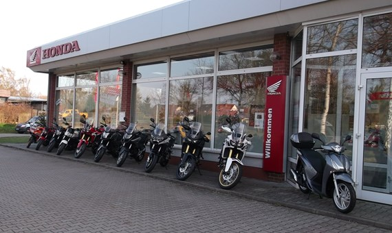Unternehmensbilder Motorradforum Jueterbog 1