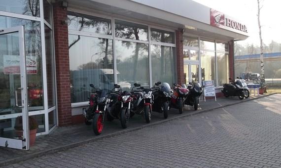 Unternehmensbilder Motorradforum Jueterbog 2